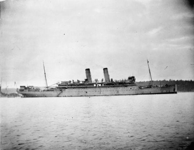 776px-HMS_Otranto_IWM_SP_001064