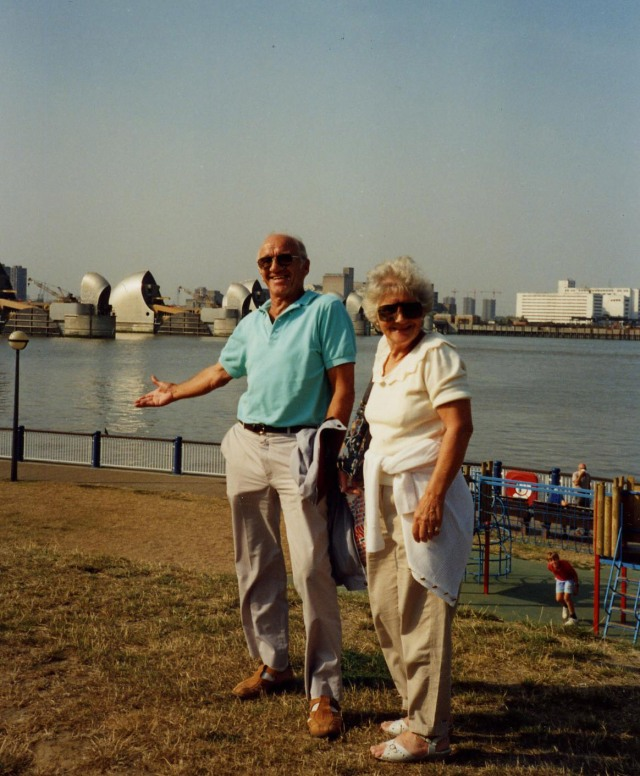 028 Thames barrier 92